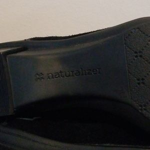 Naturalizer Shoes - NEW! Naturalizer lace up 7.5 bootie